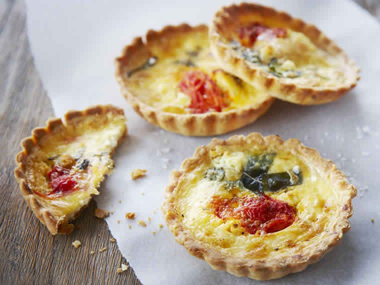 Tomato + goats cheese tarts (4 pack)