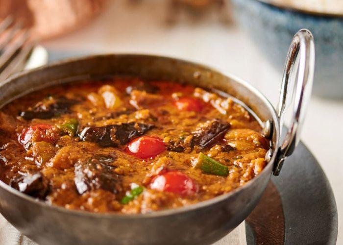 Chicken Bengali style w eggplant + beans